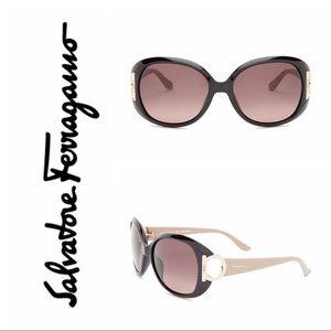 New  Salvatore Ferragamo Oversized Sunglas…